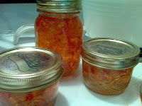 …Not to be confused with apple, banana & pepper jelly. Eww. This jelly uses Banana Peppers that my mother has grown in her garden since I was little. They're delicious and come in e…