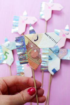 Geldscheine kreativ zu Origami Einhörnern falten – DIY Anleitung
