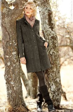 Our weathered canvas coat was inspired by an antique military coat.  Detailed with notched collar, buttoning breast pockets, contrast top  stitching and ... 3df53deb46