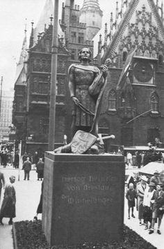 Herzog v Breslau Danzig, Old Pictures, Old Photos, Nazi Propaganda, Old Photographs, Prussia, Travel Abroad, Beautiful Buildings, Wwii
