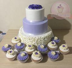 Alegrando dulcemente los momentos mas importantes de tu vida. Torta de boda #domiciliosbogota #tortaboda #tortamatrimonio #tortasbogota