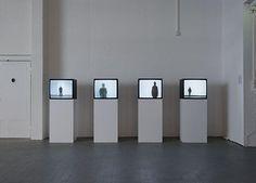 Santiago Sierra, The Punished, 2006