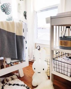 Adorable nursery c/o @bluebirdkisses ... who is almost about to pop with baby no 3! In the meantime, she's running a ✨GIVEAWAY✨ of one of our blankets!! Ends Sunday night 3/19. #kokosnest #happynesting #blanket #giveaway | koko's nest