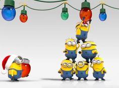Minions Hanging Christmas Lights. #Minions #ChristmasLights
