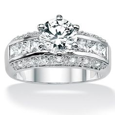 my engagement ring!!!!!!!!!