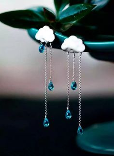 #Raining #Clouds #Nubes #Lluvia #earrings {{aww these are so cute!