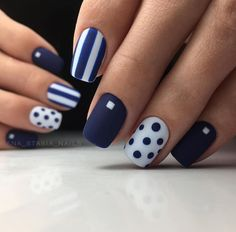 35 Amazing Nail Art Designs for Spring 2019 Cool Nail Designs, Acrylic Nail Designs, Acrylic Nails, Gel Nails, Prom Nails, Diy Signs, Beauty Box, Mani Pedi, Nail Arts