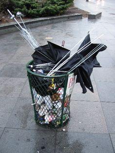 20030411-umbrellas.jpg (375×500)