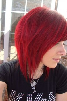 15 Red Bob Haircuts Kurzhaarfrisuren 2020 - New Site Popular Short Hairstyles, Pretty Hairstyles, Bob Hairstyles, Bob Haircuts, Short Red Hair, Short Hair Cuts, Short Hair Styles, Short Bright Red Hair, Scene Hair