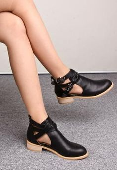 BUCKLE CUT OUT BOOTS
