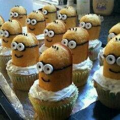 Cute Minion cupcakes with Twinkies!! twinkies, black gel, and sweet tarts so easy!
