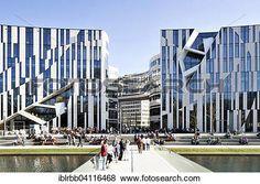 Resultado de imagen para edificios libeskind Daniel Libeskind, Santiago Calatrava, Zaha Hadid, Le Corbusier, Commercial, White City, New York Skyline, Chinese Architecture, Architecture Office