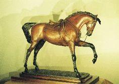 Patricia Borum Equestrian Sculpture - www.ercregistry.com
