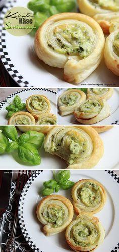 Kräuter-Käse-Blätterteigschnecken tolles Rezept für ein Picknick. Noch mehr Rezepte gibt es auf www.Spaaz.de