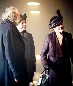 Forget Mary and her men, this ↑ is the real love triangle of Downton Abbey, season 5 Penelope Wilton Mrs Isobel Crawley Maggie Smith Lady Violet Crawley Dowager Countess of Grantham