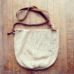 "Sac Purse from Resurrection Fern, crocheted in Quince & Co.'s ""Sparrow,"" organic linen"