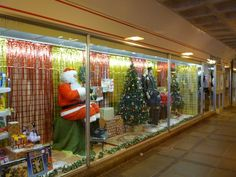 Boyes Stores surpass themselves with the unveiling of their traditional Christmas window display. Voted Best In Class in the Shabby Discount Shop (North Tees) Category