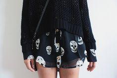 www.modamandita.loja2.com.br Camisa sem manga - Caveiras