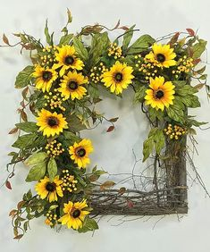 Crooked Tree Creations | Summer Floral Decor, Wreaths And Arrangements From Cute And Whimsical To Upscale And Sophisticated.
