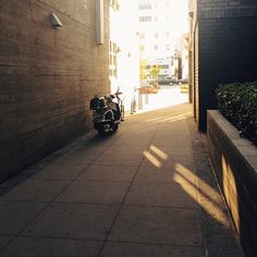 Alley /
