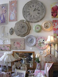 Love my Vintage, shabby, antique shopping trips with Desiree!