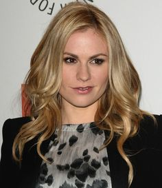 0507-anna-paquin-hairstyle-bombshell-waves_bd.jpg
