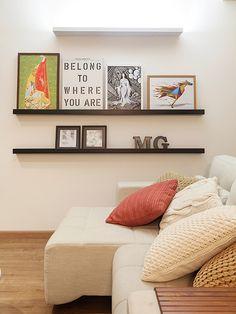 Residência Maynard | Isabela Bethônico Arquitetura. Sala / Cozy / Detalhes / Quadros / Arandela
