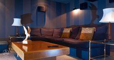 Ein hauseigenes Heimkino lockt Gäste ins Haus und lädt zum Entspannen ein – Baufritz Landhaus Hauk