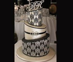 Edible Elegance - Gallery - Images of Cakes - Wedding Cakes Perth - Engagement Cakes Perth - Communion Cakes Perth - Birthday Cakes Perth
