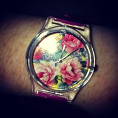 @_hannahnugent_ Watch is too cute! #christmas #love #may28th