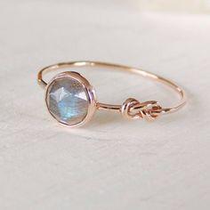 Labradorite Ring - Infinity Knot Ring in 14k Gold - Stacking Ring