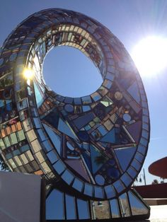 Amazing Mirror sculpture I came across in Palm Springs. Love it!