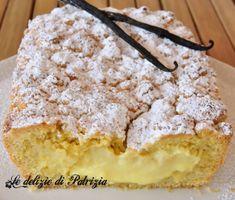 cream-filled pastry Crumbled © 2012 The delights of Patrizia Gabriella Scioni Ph. Italian Cake, Italian Desserts, Köstliche Desserts, Delicious Desserts, Dessert Recipes, Yummy Food, Easy Cake Recipes, Sweet Recipes, Tapas