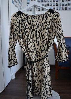 À vendre sur #vintedfrance ! http://www.vinted.fr/mode-femmes/robes-casual/36881418-robe-a-motifs-zara