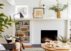 Home Living Room, Living Room Remodel, Living Room Paint, Simple Living Room, Living Room Trends, Small Living Rooms, Living Room Decor Video, Living Room Designs, Mid Century Modern Living Room