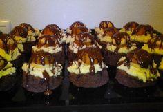 Ľahké, pekné a veľmi chutné koláčiky v tvare mini tortičiek.  RECEPT: http://ikuchar.sk/recept/krasne-chutne-mini-torticky/