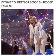 Hillary Clinton funniest memes ever Liberal Memes, Funny Political Memes, Funny Politics, Conservative Memes, Conservative Republican, Sarcastic Jokes, Funny Memes, Funniest Memes, Entertainment