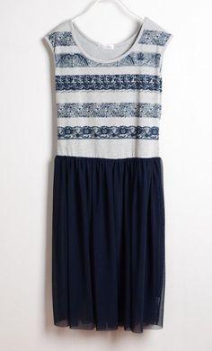 Grey Striped Pleated Round Neck Sleeveless Cotton Dress US$30.00