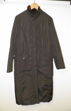 MEN'S PRADA BLACK NYLON COAT WITH SQUIRREL BELLY FUR LINING COAT SIZE 44 GOOD #PRADA #BUTTONFRONTCOAT