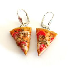 Miniature Pizza Earrings by Shay Aaron, via Flickr