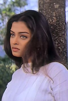 Aishwarya Rai Photo, Actress Aishwarya Rai, Aishwarya Rai Bachchan, Bollywood Actress, Aishwarya Rai Young, Vintage Bollywood, Bollywood Girls, Indian Bollywood, Pretty People