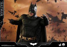 Batman Begins - 1/4th scale Batman Collectible Figure
