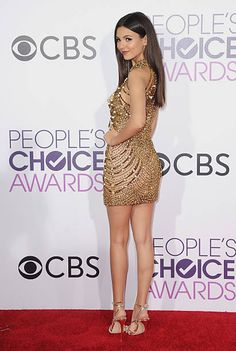 Victoria Justice Outfits, Vicky Justice, Girls In Mini Skirts, Moda Paris, Sexy Legs And Heels, Sexy Dresses, Sexy Women, Bodycon Dress, Celebs