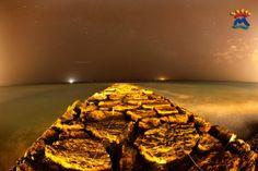 Vista playa de Moncofa nocturna desde escollera