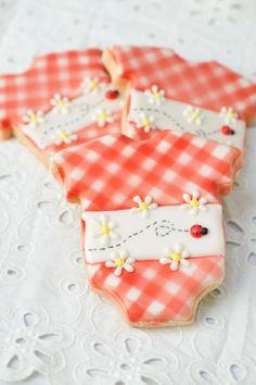 Haniela's: Gingham Baby Onesie Cookies Tutorial