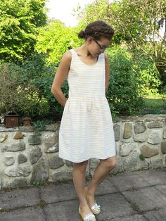 Lucia loves Mistral (Lucie Republic of cloth / Mistral Aime as Mary) Aime Comme Marie, Sewing Hacks, Sewing Tips, White Dress, Suits, Summer Dresses, Clothes, Mornings, Sunday