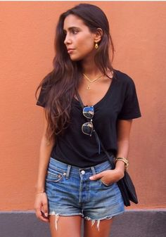 √ 40 the best denim shorts to make you look perfect #fashionideas #outfitwomen 36 You Look, Short Skirts, Jean Shorts, Street Style, Good Things, Make It Yourself, Clothes For Women, My Style, How To Make