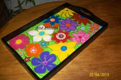Primavera con todo! Decoupage, Tray, Painting, Home Decor, Painted Trays, Dishes, Paper Envelopes, Crates, Spring