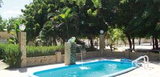 Perfect stay for kiters or for familys and friends. The Casa Caju, surrounded by big cashew trees, is the ideal place for nice evenings and cozy nights together! Cashew Tree, Next Holiday, Great Places, Villa, Trees, Cozy, Nice, Friends, Beach