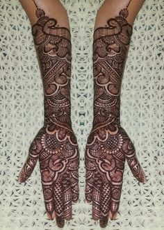 Explore latest Mehndi Designs images in 2019 on Happy Shappy. Mehendi design is also known as the heena design or henna patterns worldwide. We are here with the best mehndi designs images from worldwide. Latest Bridal Mehndi Designs, Wedding Mehndi Designs, Best Mehndi Designs, Mehndi Designs For Hands, Stylish Mehndi, Mehndi Simple, Easy Henna, Mehandi Henna, Mehndi Desing